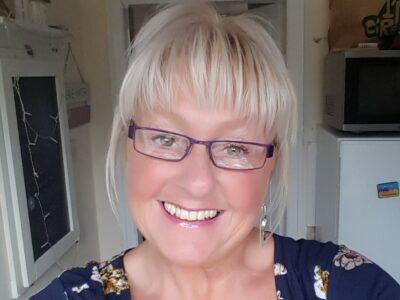Yorkshire's Sheffield beauty joanne