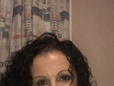 Cornwall Female Escort Liz